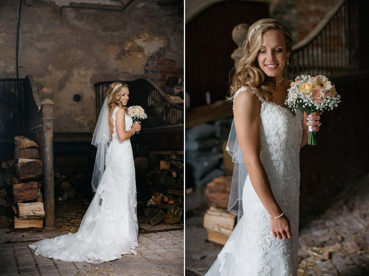 bride, portrait, wedding day, dress, wedding dress, couture dress